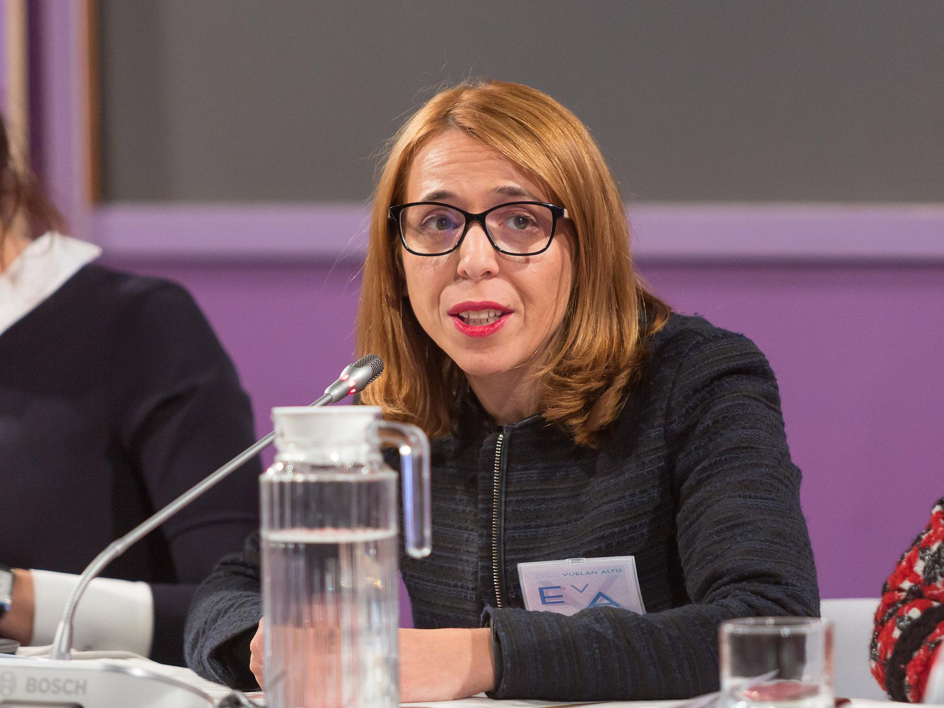 Celia Muñoz, de Iberia, ofreció su visión sobre el transporte aéreo en España.