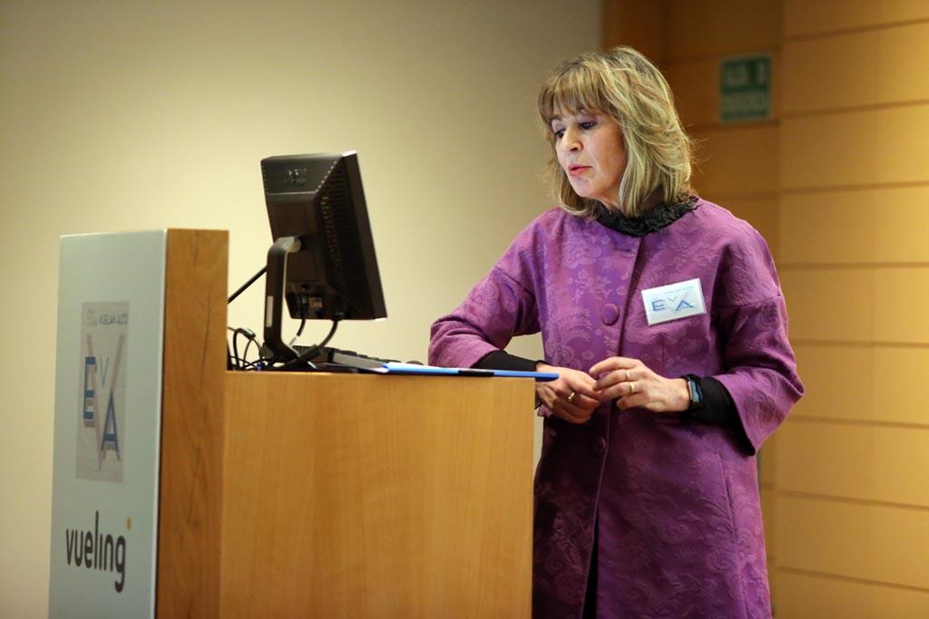 La presidenta de EVA, Teresa Busto, dio la bienvenida a los asistentes.