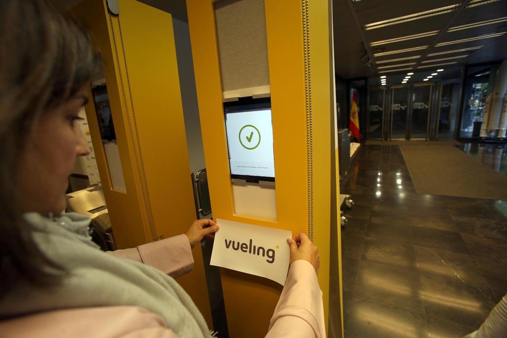 Sistema de reconocimiento facial de Vueling, patrocinador de la Jornada.